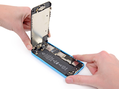 Inlocuire display iPhone 5C
